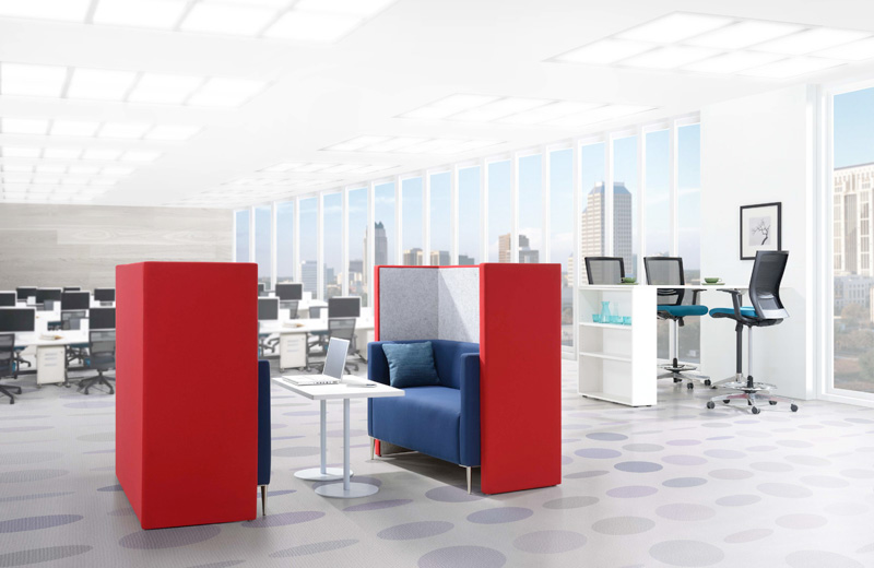 PRIVVA was designed to optimize workplace with efficiency space solution yet resolve the noise & confidential issues of open planned office, PRIVVA encourage humanity connection & communication between functional areas to build engagement in the liveable office.