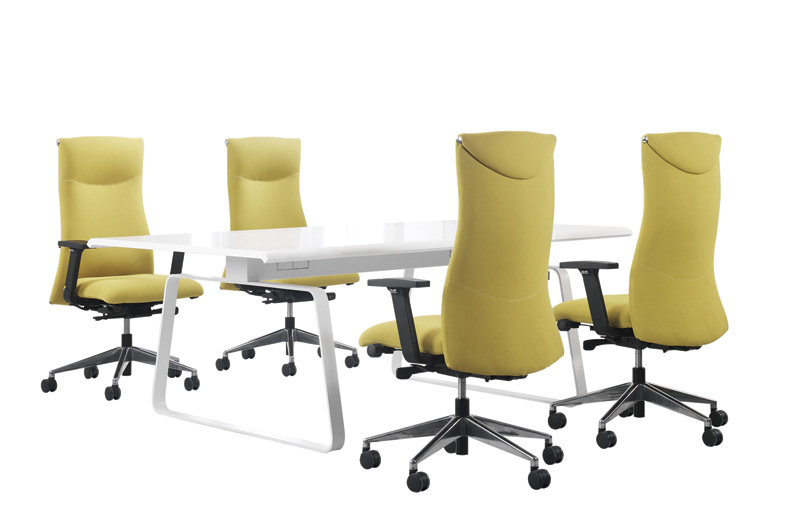Combining strong aesthetics, ergonomically designed with maximum comfort, ACHIEVOR is an intuitive chair that can be easily adjusted to suit the high professional achievers with a passion for both work and quality of life.