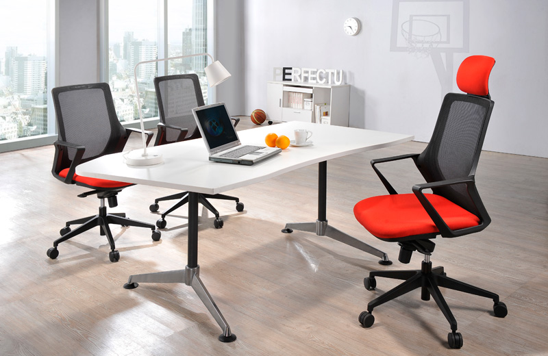 U ELITE, the outstanding piece for your perfect office that created with edgy concept in mind. Special designed edgy backrest and armrest to blend perfectly into your modern office environment.